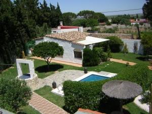 Haus mit Gästehaus zwischen Conil und Chiclana zu verkaufen.